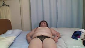 Chunky Japanese mature Miwako Ito spreads her legs to stand aghast at poked