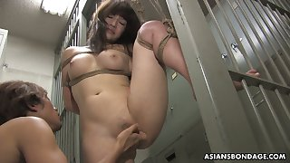 Kinky dude fucks tied up Japanese chick Yukina Mori and cums in her muff